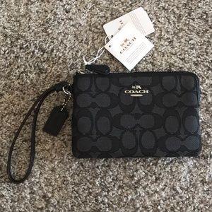 🆕 Coach signature design zippered wallet
